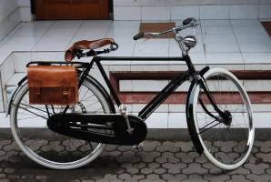 balinese-oldbike
