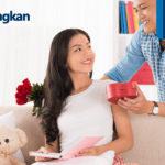 Gak Harus Mahal, 5 Benda Ini Bisa Jadi Hadiah Anniversary Untuk Pasangan