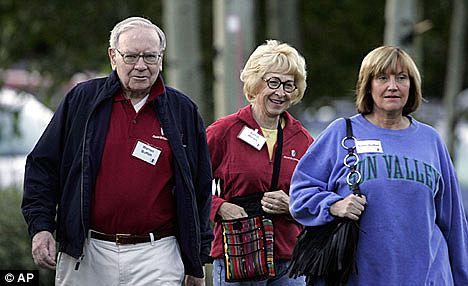 Warren dan dua istrinya