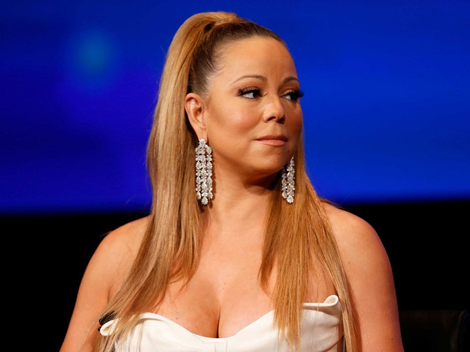 mariah-carey-surrounds-her-bed-with-20-humidifiers-and-needs-15-hours-of-shut-eye-per-night
