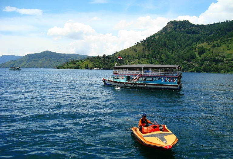 Lake_Toba,_North_Sumatera_(13)