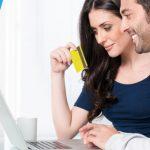 Beda Proses Pembuatan Kartu Kredit Secara Online dan Konvensional