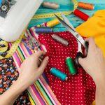 Ibu Rumah Tangga Ingin Bantu Tambah Pemasukan? Ini Bisnis Modal Kreativitas yang Cocok untuk Kamu