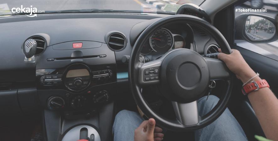 tips aman berkendara _ asuransi kendaraan - CekAja.com